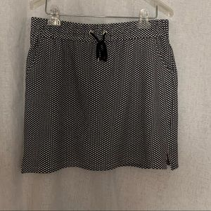ATTYRE black and white polka dots skort size 12.